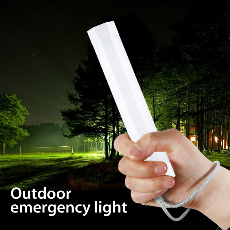 Built-in Magnet and Flood Light Type Rechargeable LED Emergency Lamp