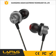 bass MP3 earphone Metal In-Ear Mobile Computer MP3 Universal 3.5MM clear voice earphone Sport Headsets With Microphone