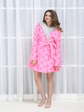 2017 Women Printed Sleepwear Coral Fleece Robe 100% Polyester Plush Bathrobe
