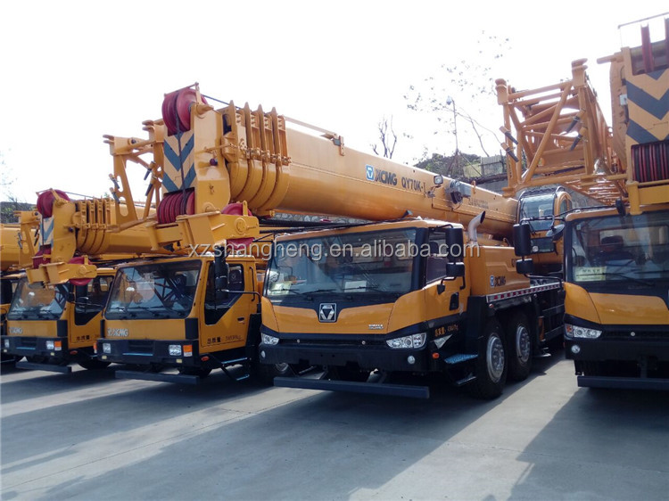 Construction Machinery XCMG pickup truck crane for sale model QY70K-I crane truck