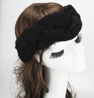 Wholesale winter handmade crochet stylish headband with 2 buttons for adults