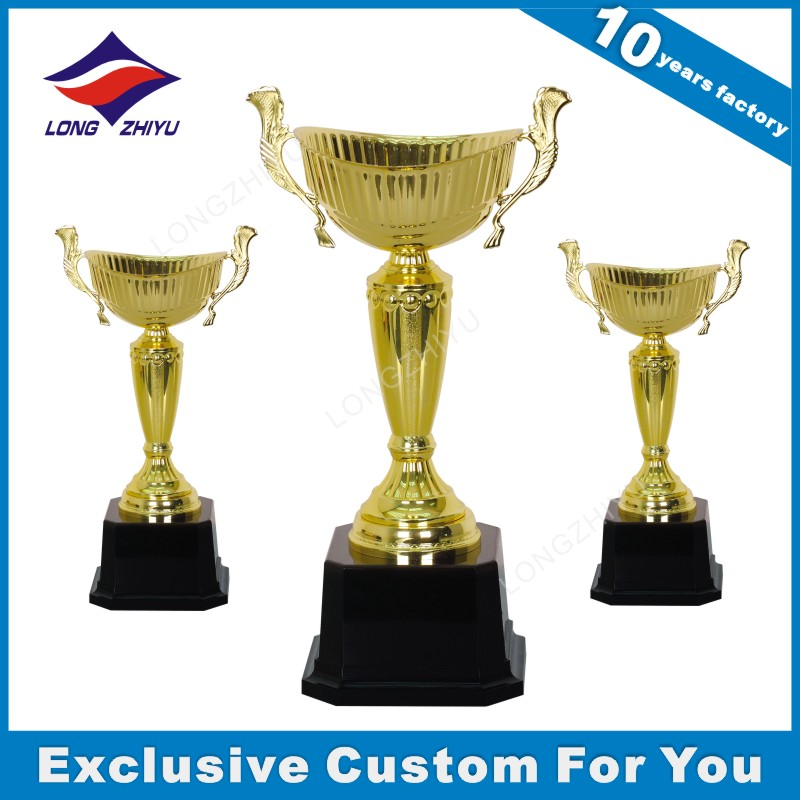 Shiny gold table tennis trophy China manufacturer ear trophy cup