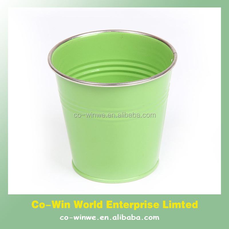 plain colour metal bucket