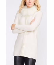 WOMEN'S 70% WOOL/30% CASHMERE KNITTED SWEATER WITH FUR COLLAR