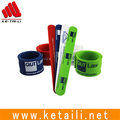 New coming wide style silicone rubber slap and snap bracelet and wristband factory