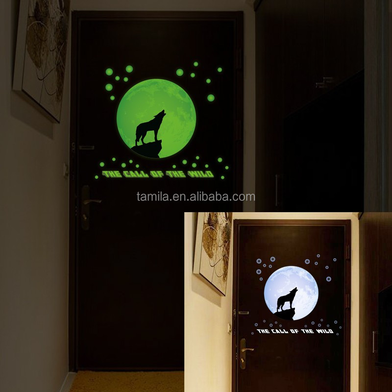 Luminous Night Moon Wall Stickers Creative Home Decoration Glow in the Dark for Children Room Call of the Wild Glowing Sticker