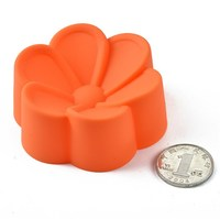 Food grade silicone bakery muffin pan, DIY Homemade cake tools 7 cm flower silicone bakery muffin pan
