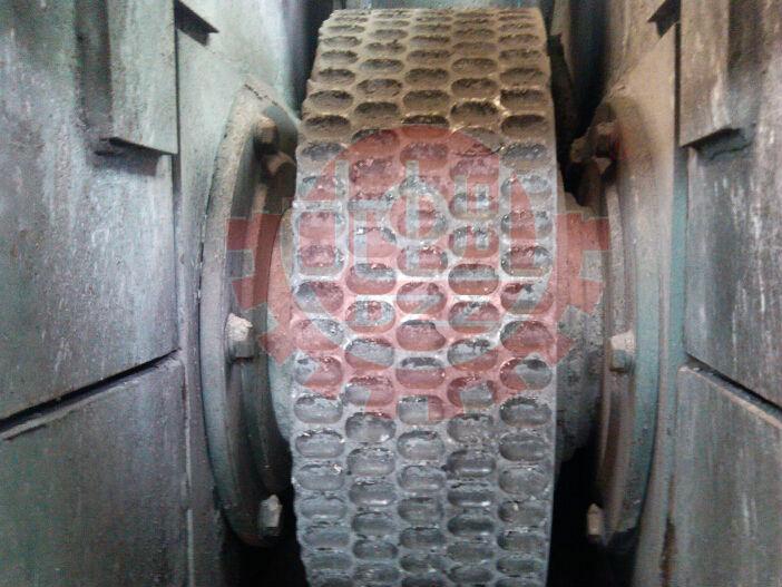 Hydraulic Roller Press Lime Aluminium Powder Briquetting Machine