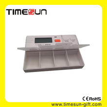 Square Color translucent and 4 rooms pill box timer with 4 groups alarm