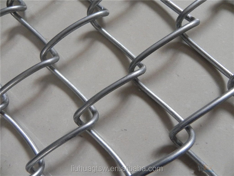 Guangzhou good supplier sell galvanized diamond wire netting/chain link wire mesh