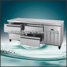 Undercounter chiller with drawer