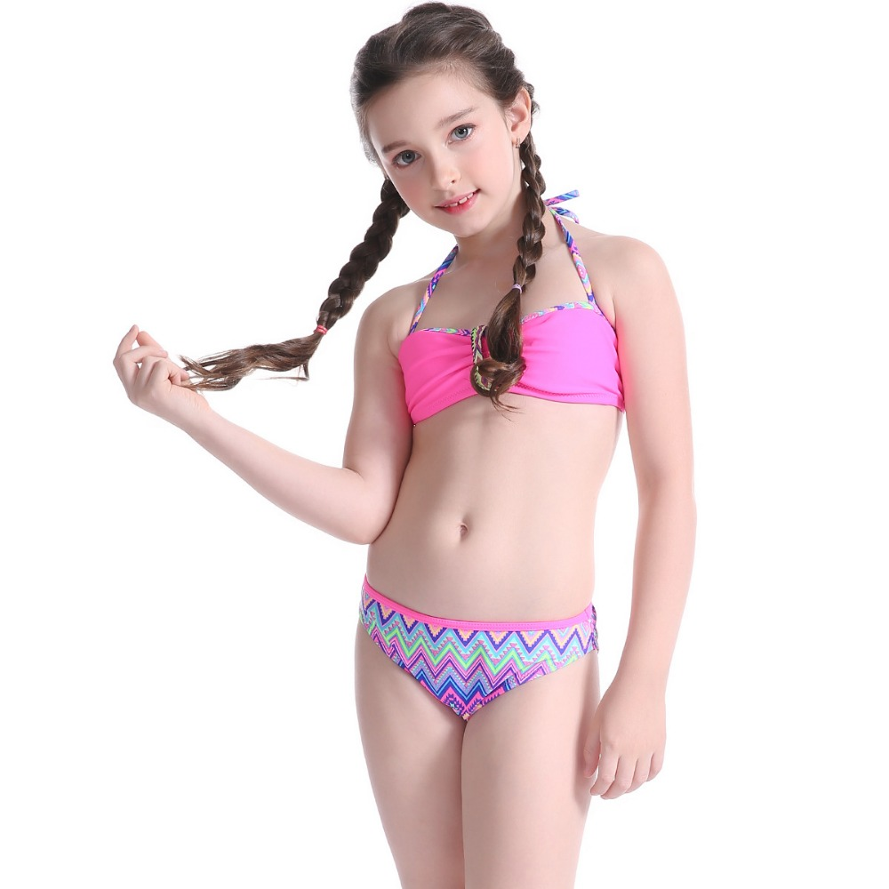 2018 hot <strong>sell</strong> Baby girl swimwear two pieces kids models micro bikini swimwear for little girls