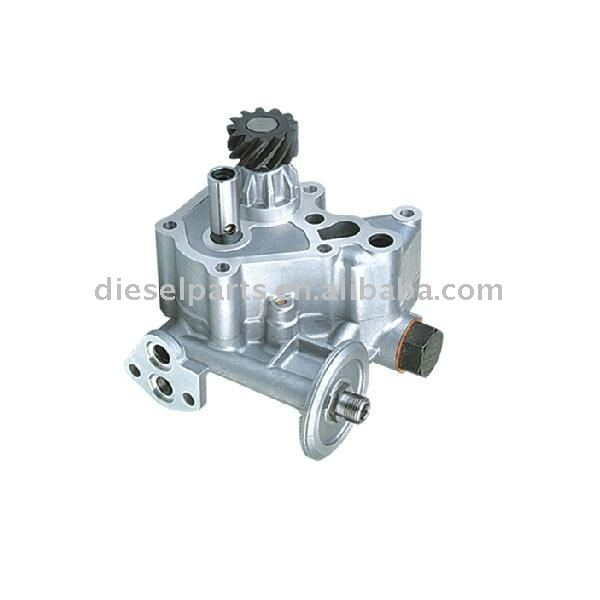 Car parts Oil pump for 6D31 ME084586