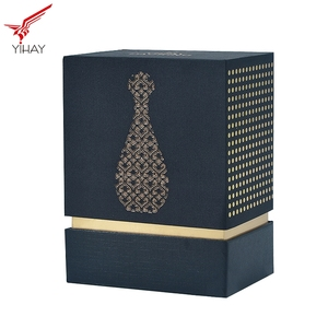 Free samples luxury fashionable brand gift perfume packaging box with EVA insert and gold logo