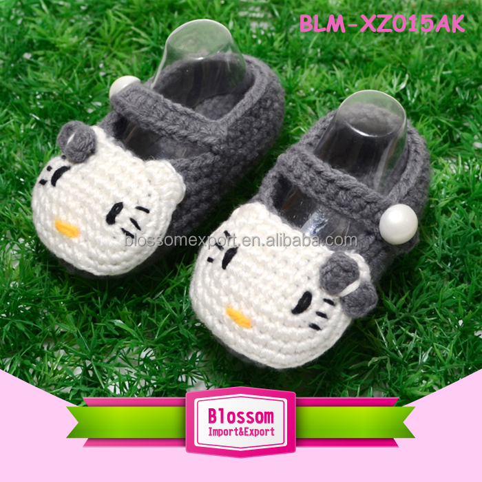 Baby light grey with cat handmade design wool wholesale baby shoes