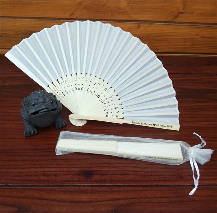 Wedding Party Gift Baby Shower Favors Silk Fan With Organza Gift Bag Packing Outdoor Hand Fan Wedding Decor Collections