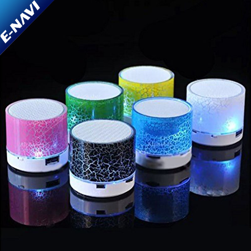 Colorful LED Light Crack Mini Speaker with FM Radio For Smartphone and PC