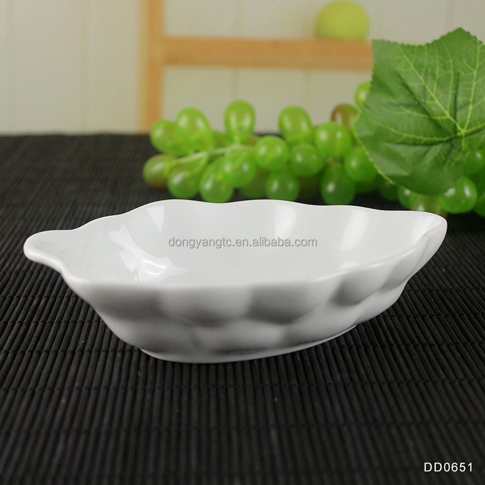 porcelain small cheap wholesale embossed sauce momordica charantia shape white ceramic dish