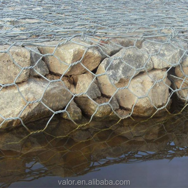 wire cages rock retaining wall galvanized wire mesh roll wire fencing maccaferri gabion