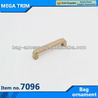 No.7096 Arch shaped gold ornament for bag in china