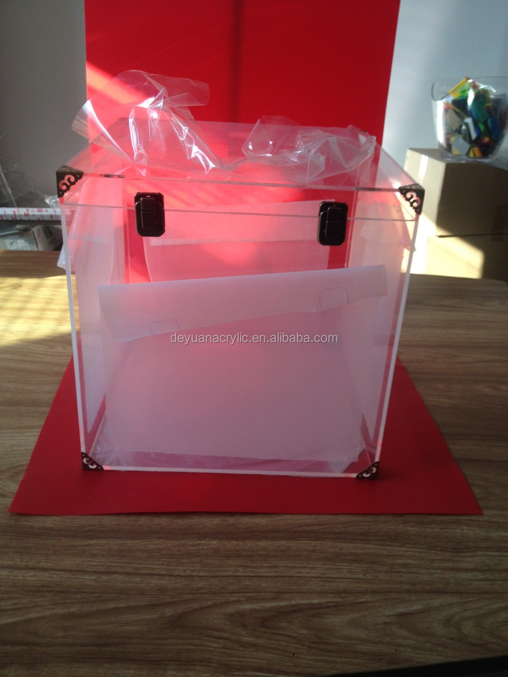 Clear acrylic trunk with retro copper lock