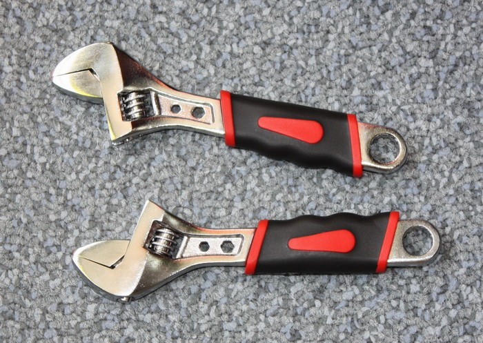 "Adjustable Wrench 2.5"" mini wrenches small size with chain"