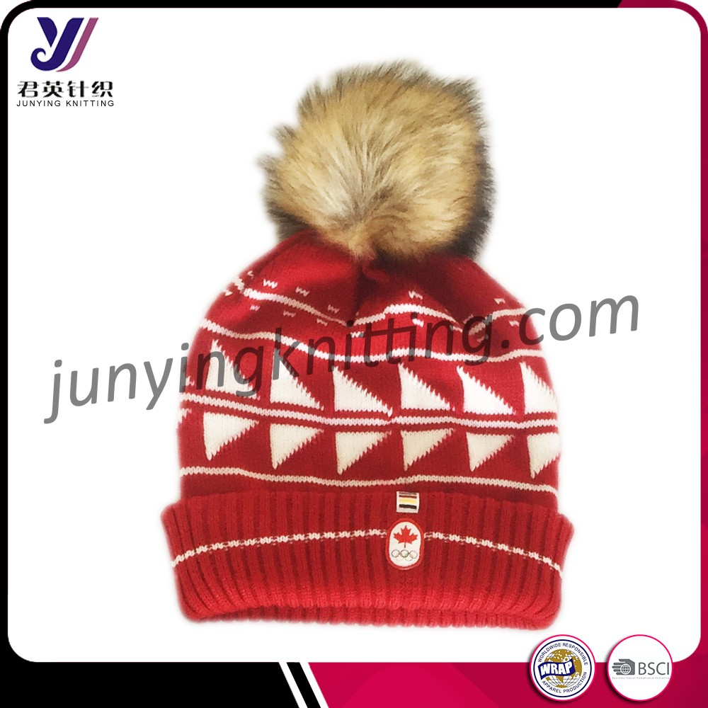 JYH160 Cheap red Canada knitted beanie hat with fur pom pom