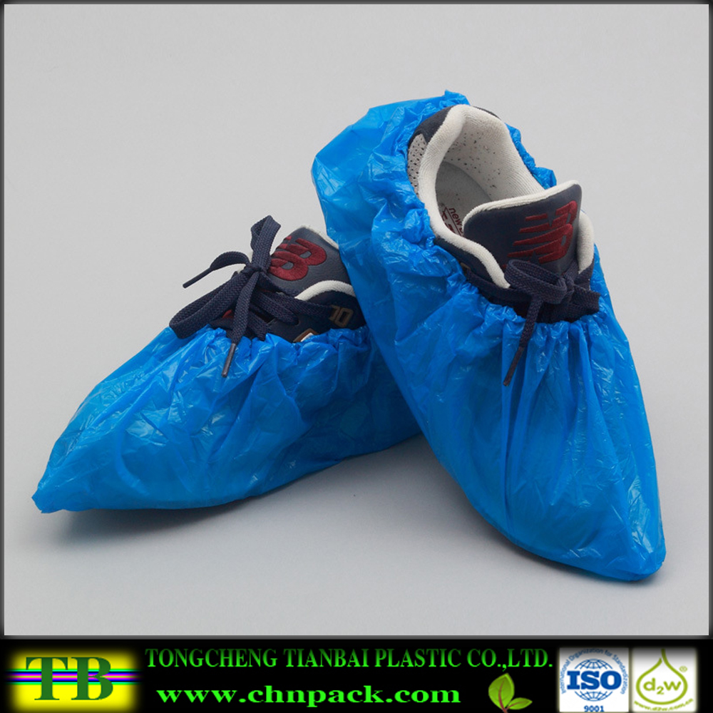 Plastic Disposable Shoe Covers Waterproof Overshoes Home Carpet Cleaning Rain Cover For Shoes