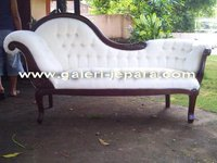 Antique Style Furniture - Chaise Lounge Single Ended Sofa
