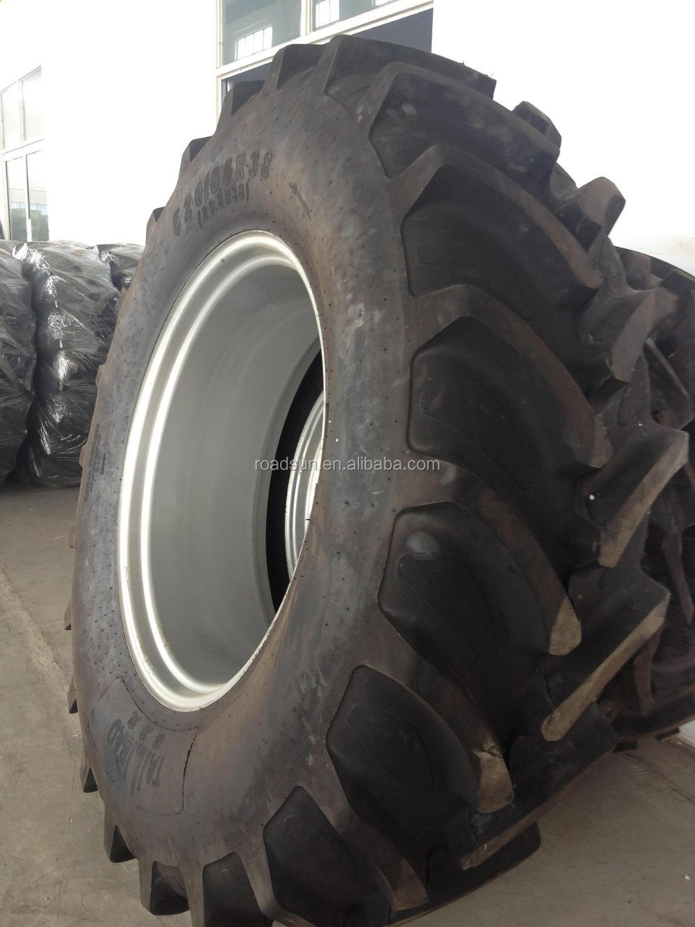 Backhoe Tire Brands : Roadsun brand radial tractor tire r for