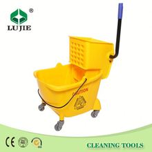 Good quality attractive price durable cleaning wringer roto mop bucket