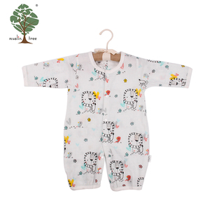 Muslin tree OEM service muslin fashion long sleeve infant toddlers clothing baby romper