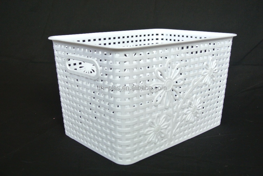 Professional Manufacture Cheap Logo and Samples Available Plastic Basket With Handle