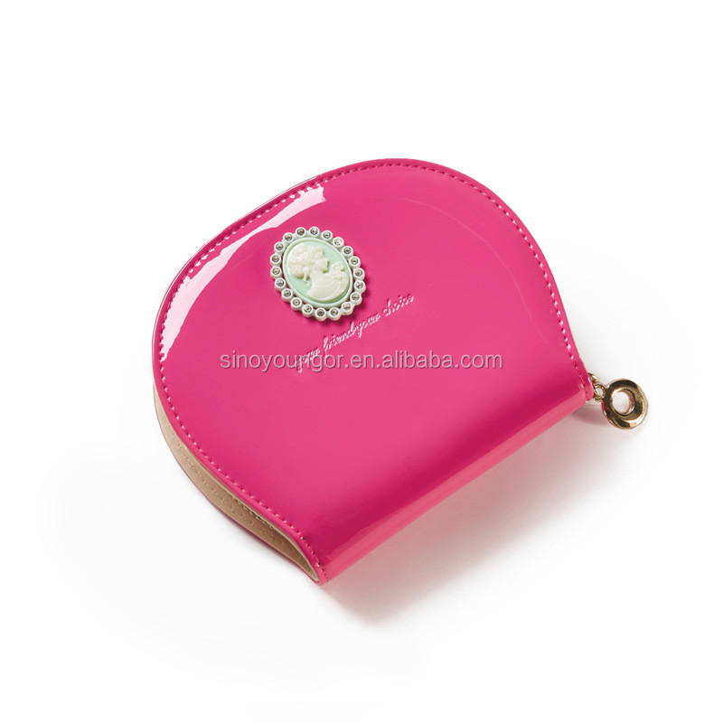 Beautiful round wallet with zipper for women