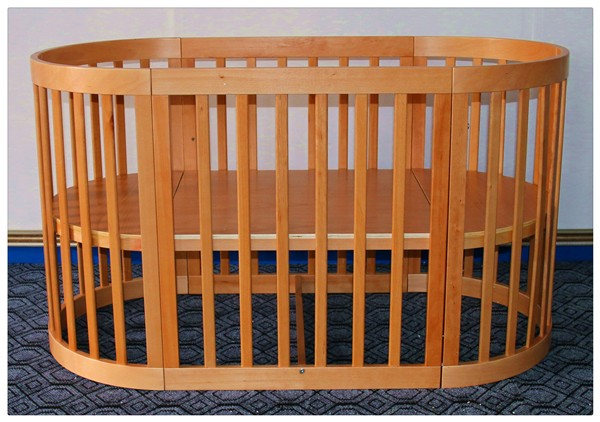 Cubby Plan LMBC-080 New Popular Solid Beech Wood Baby Cot
