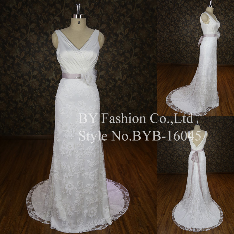 luxury wedding dress with exquisite hand made flower special lace designer elegent bridal wedding gowns