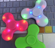 Glow in the dark LED with Bluetooth Music New 2017 Finger Spinner Hand Spinner