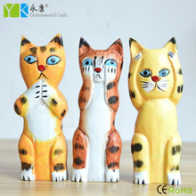 Factory direct sale high quality hand painted fashion wood carving crafts carved wooden cats for home decor