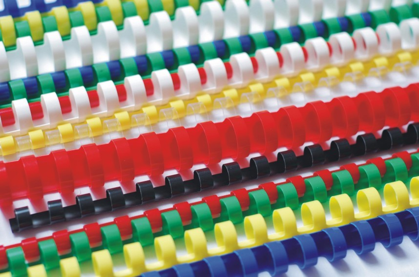 Plastic binding combs