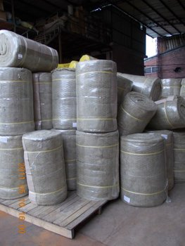 Mineral wool heat insulation and soundproof blanket with for Mineral wool blanket