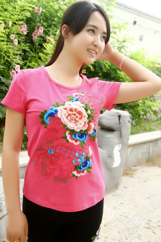 Cheap in stock pictures traditional chinese clothing