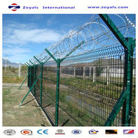 Manufacturer ISO9001 xm pvc colored basketball welded fence netting with bends