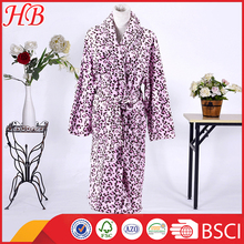100% Polyester Pink Leopard Suit Coral Fleece Bathrobe for Women