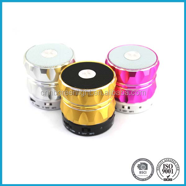 High Quality Aluminum Beautiful Bluetooth Speaker