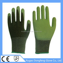 Best 15 Gauge Seamless Knitted Grip Latex Coated Spandex Bamboo Fiber Working Gloves For Food Service Industry