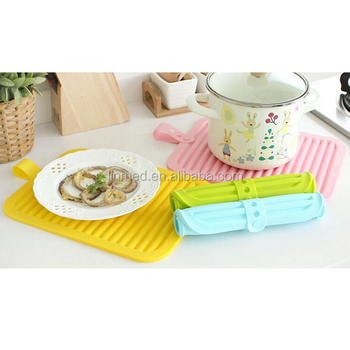 High quality Food grade Silicone Non Slip Mat heat resistant Dining Table Mat