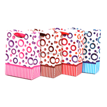 All kinds of offset printing Pink circle design gifts paper bags