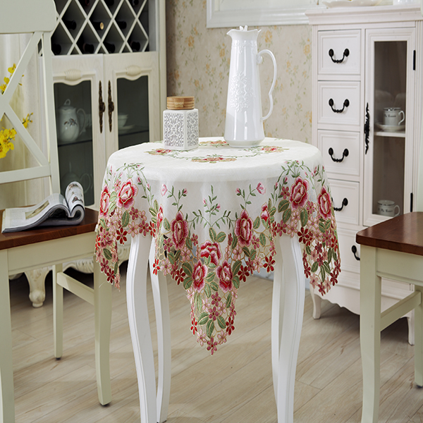 Made in China Embroidered flower patterns wedding tablecloth