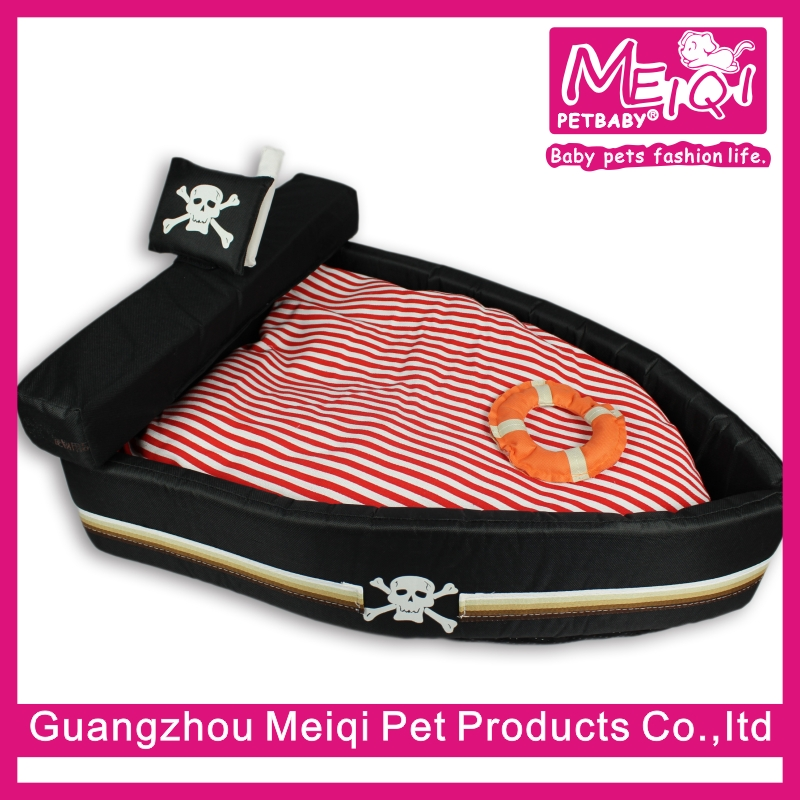 New arrival Luxury pirate ship pet dog bed for dogs and cats