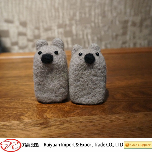 2016 hot selling grey felted wool animals customized eco friendly
